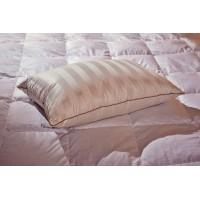 Удобная подушка и одеяло - хороший сон!